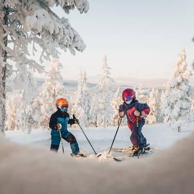 c61d5f987 10 gode råd til skiferie med baby - Visit Sweden   Visit Sweden