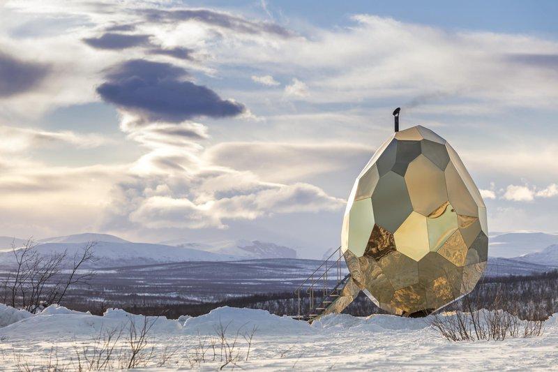 Solar Egg Sauna in Swedish Lapland